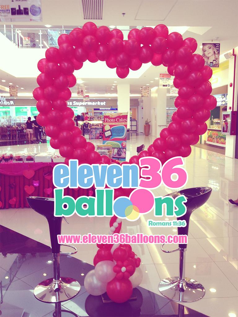 valentines_balloon_heart_pillar_photobooth_south_town_centre_eleven36_balloons_cebu